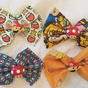 Lot of 4 Mario brother hair bow clips